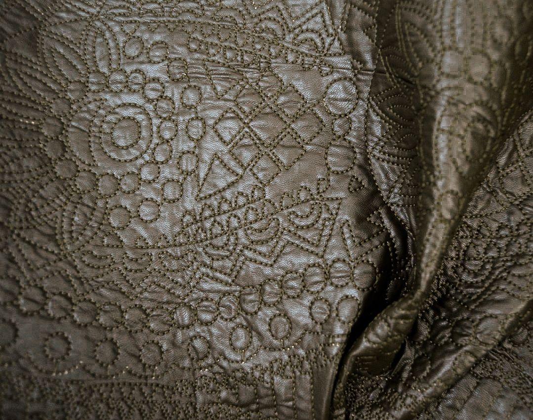 Утепленная искусственная кожа с вышивкой арт. 2175322, фото 2