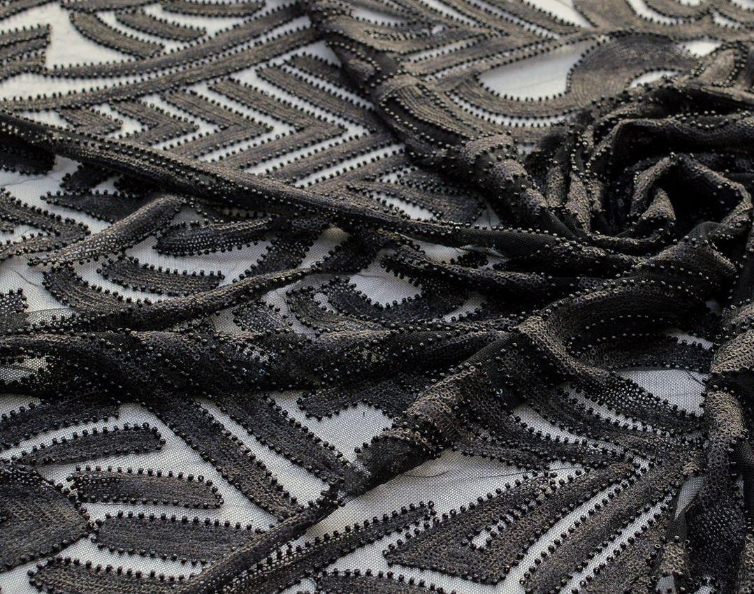 Эффектная вышивка на сетке пайетками и бисером арт. 230917682, фото 1
