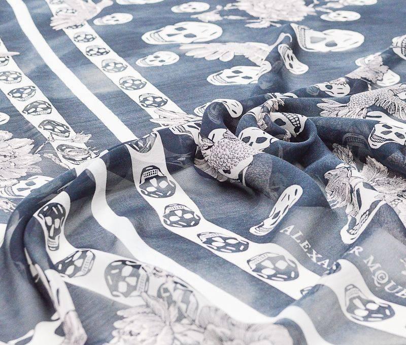 Платочная ткань Alexander MQueen купон 115см*115см арт. 23201/5314152, фото 1